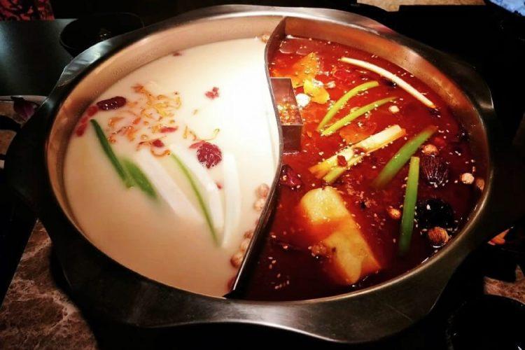 麻辣鍋 鴛鴦鍋 林口美食 新北植牙