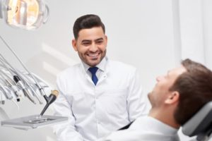professional-dentist-at-his-clinic-69NWS3W (1)